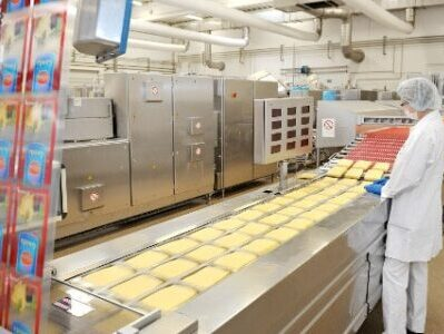 Cheese on vacuum packing line